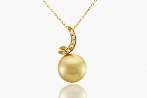 Fiji gold pearl necklace by J. Hunter