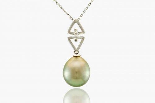 pistachio fiji pearl by j.hunter
