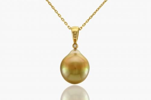 Fiji Gold Pearl necklace by J.Hunter